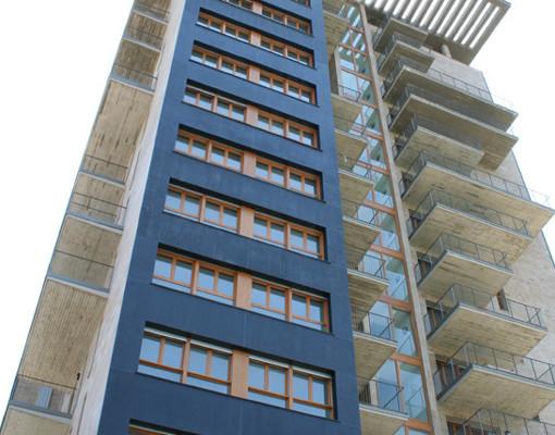 Edificio residenziale Torre Fuskas 2 – P.R.U. Pompeo Leoni