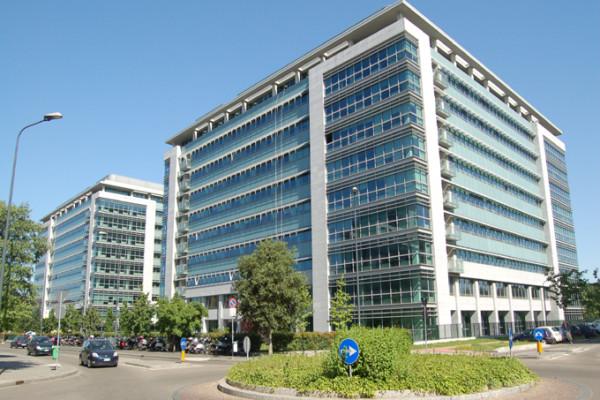 Edificio per uffico Siemens –  P.R.U. Pompeo Leoni